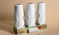 Вакуумные выключатели- коммутационные аппараты